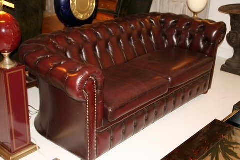 livingretro.net -  SOFA CHESTERFIELD DE PIEL - LIVING RETRO - Retro & Vintage